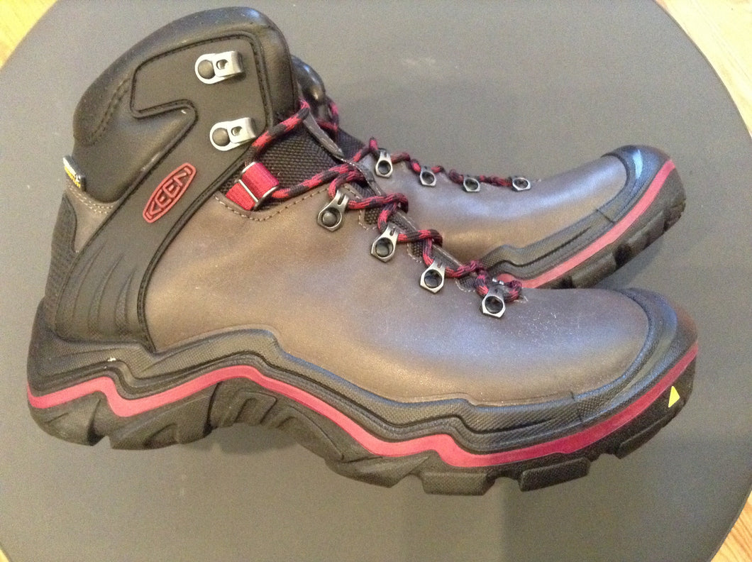 Women's Hiking Boot Keen Liberty Ridge