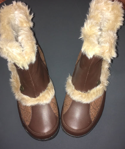 Fur lined Cozy Boot
