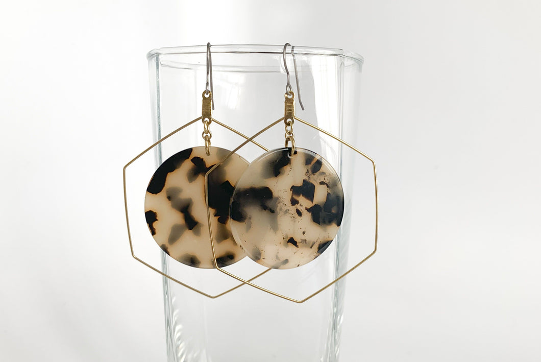 Tortoise Shell Circle Dangle Earrings
