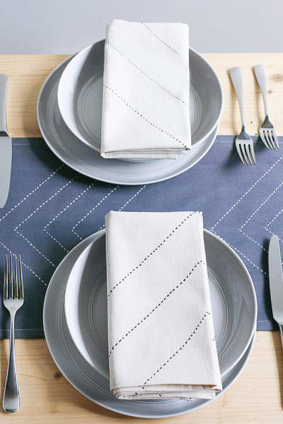 Arrow Napkin Set in Bone