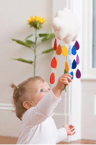 Craftspring Rainbow Drop Cloud Wall Hanging