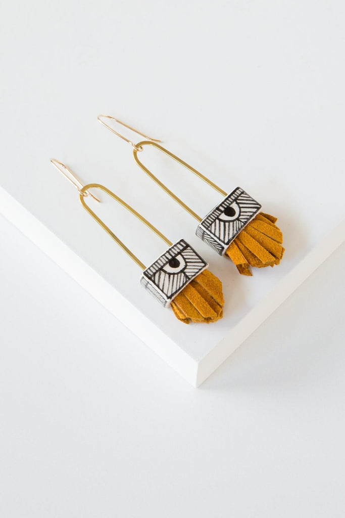 Short Regalo Earrings