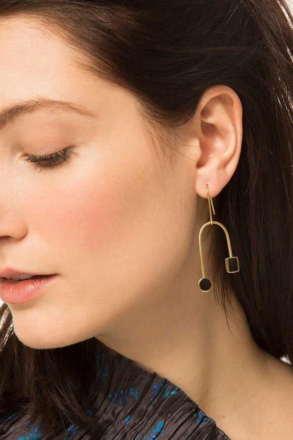 Mari Curved Dangle Earrings