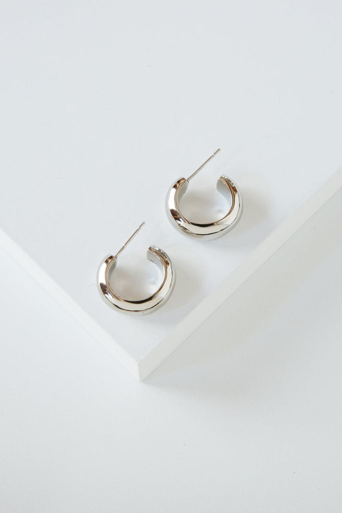 Mini Bold Hoops
