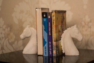 A Pair of Marble Horse Bookends with a flat base and steady back to support those precious books!