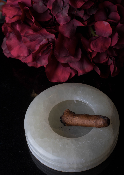 Nothing like a stylish ashtray sitting stunning on your table. Made of authentic marble, this ashtray adds oomph to any space.