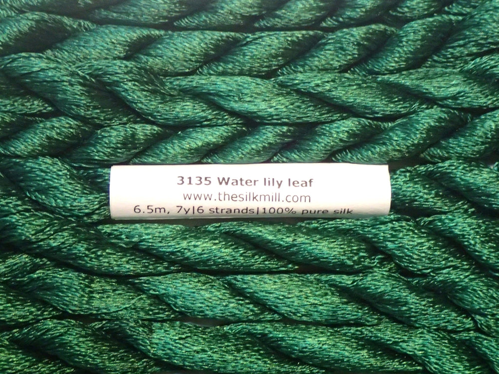 3135 Water Lily Leaf