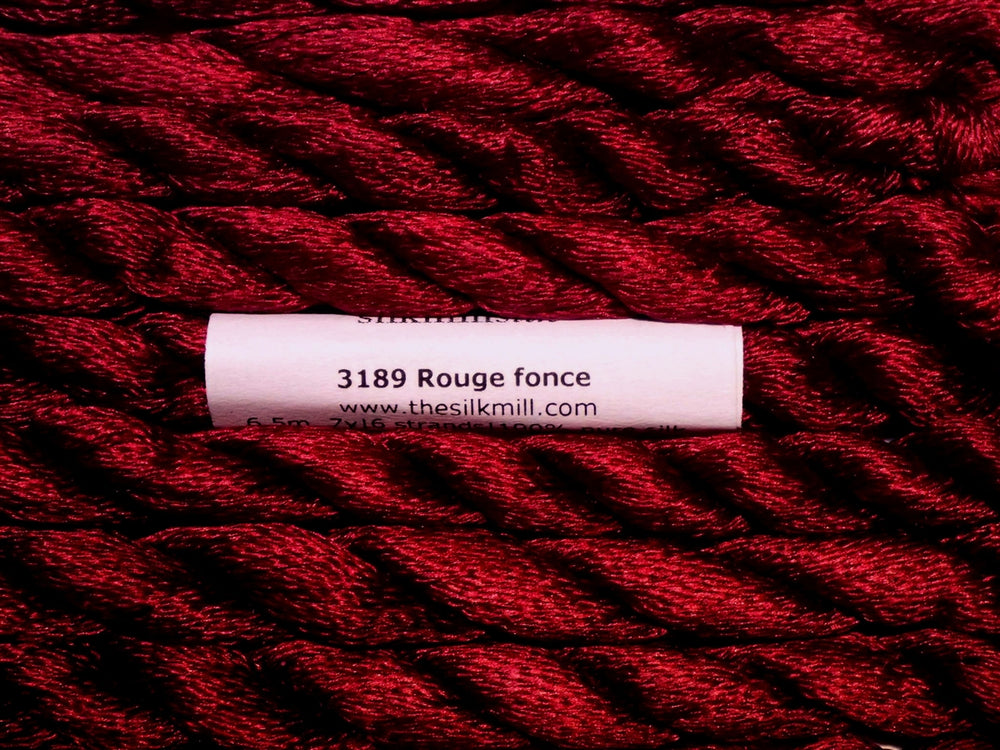 3189 Rouge Fonce