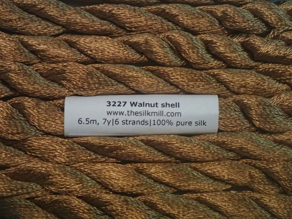 3227 Walnut Shell