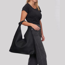 Double Knot Hobo - Black