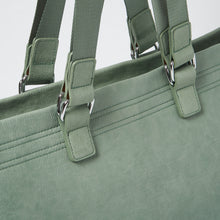 Dragonfly Tote by Urban Originals - Green