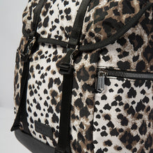 The Wave Backpack - Green Leopard
