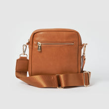 Catch Up Vegan Leather Crossbody Bag - Tan