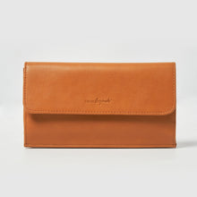 Dancer Wallet - Tan