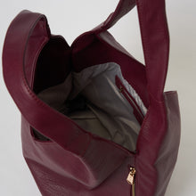 Love Success Hobo Bag - Cherry