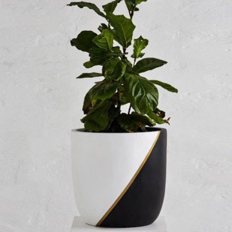 Bishop Planter Pot