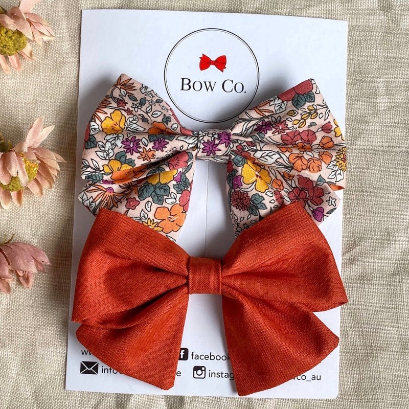 Everly Rust Floral Bow Set