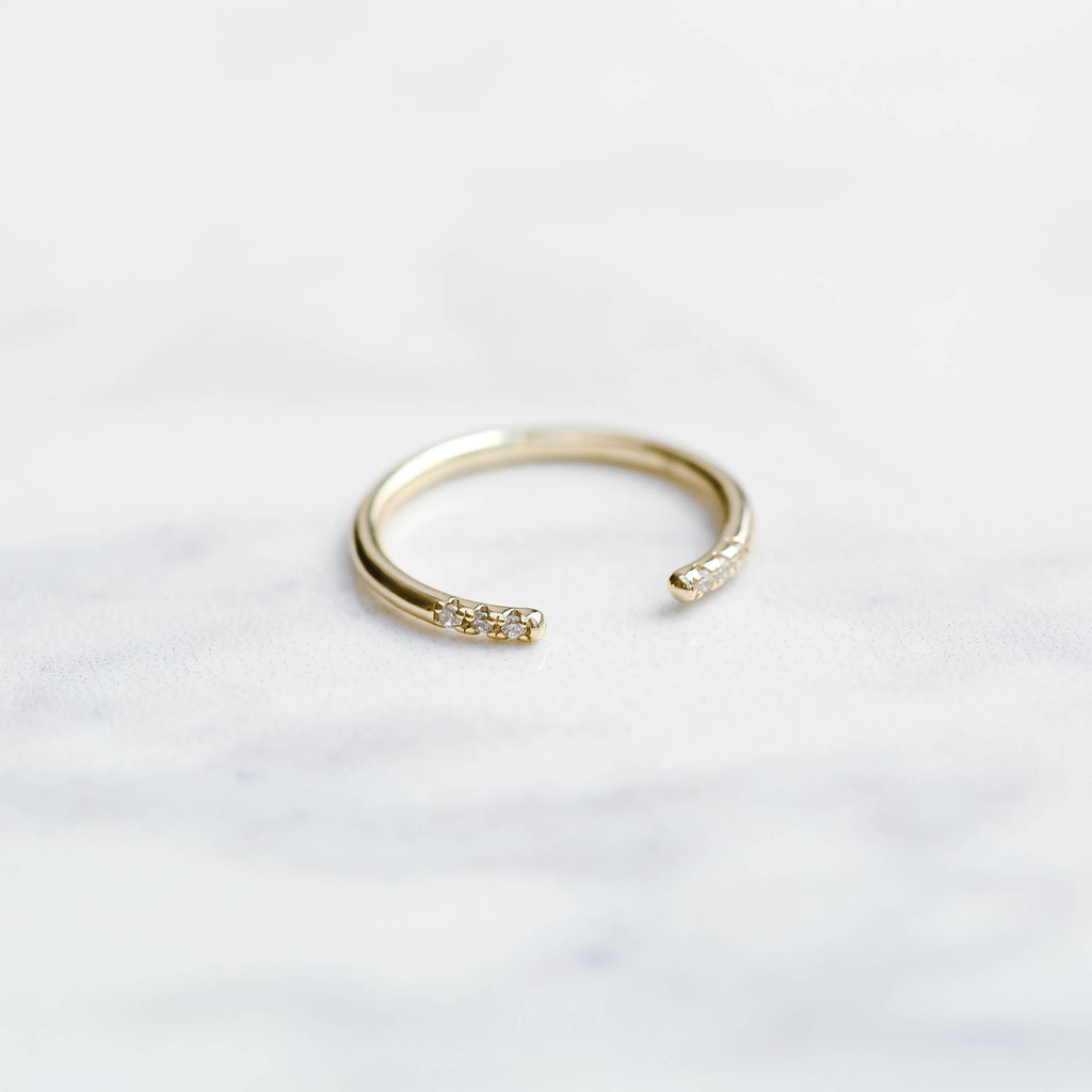 Open simple cz Ring