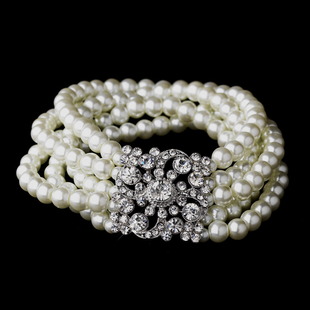 Pearl and Crystal Vintage Stretch Bracelet