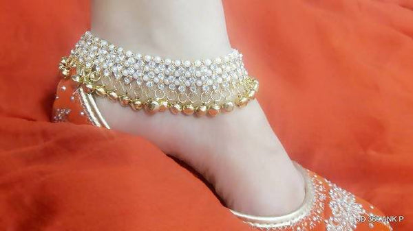 Kundan Work Gold Plated Alloy Metal White Ghunghroo Payal $ AF788601