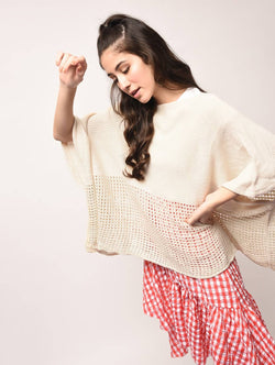 Aiyra White Color wollen Boat Neck Oversized Knitted Poncho $ AR15800352_free size