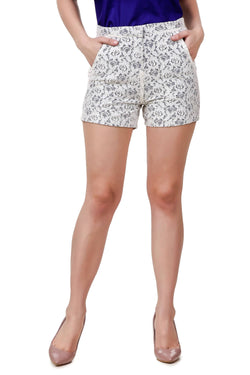 Fame 16 Regular Women's White Lace Tulip Lace Shorts $ F16-1600124