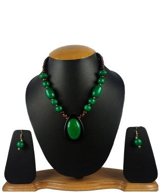 Aradhya Metal Jewel Set (Green, Brown)