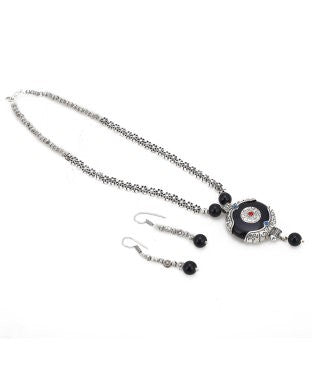 Aradhya Metal Jewel Set (Black, Silver)