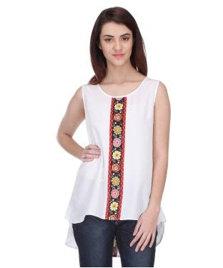 Urban Dori White And Multi S/L Top