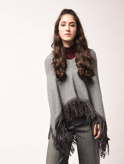 Aiyra Grey Color wollen Fringed Edge V-Neck Poncho $ AR15800331_free size