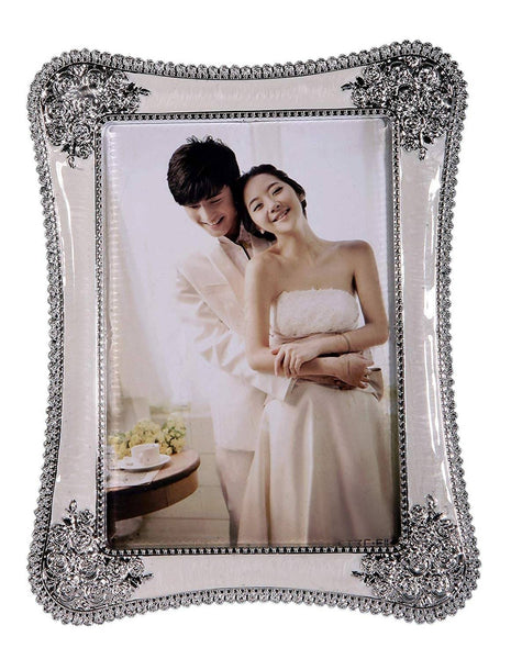 Photo Frame Oval Shape (Photo Size - 6/8, Silver) $ IGF-123