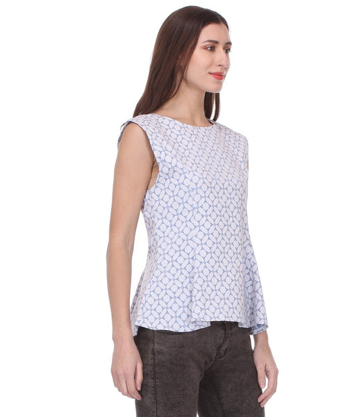 Glam a gal white and blue s/l top