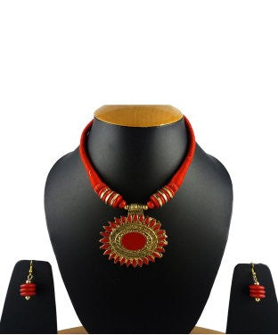 Aradhya Metal Jewel Set (Red)