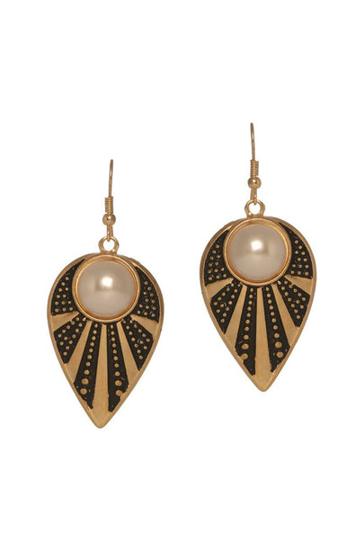 Noir Pearl Eye Earrings - JGEPEAR9743