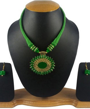Aradhya Metal Jewel Set (Green)