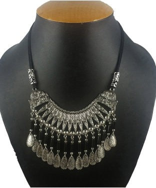 Aradhya Sterling Silver Jewel Set (Black, Silver)