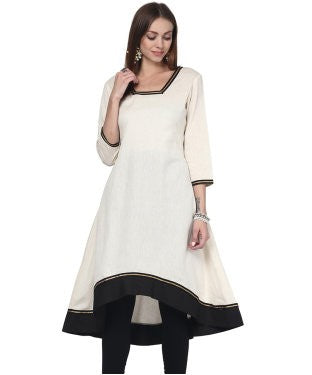 Darzaania Flared Cotton Kurta with lace work