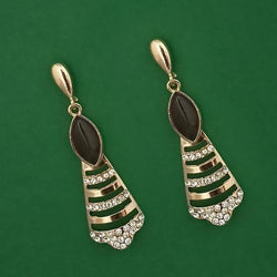 Tanishka Fashion Gold Plated Pota Stone And Austrian Stone Enamel Earrings $ 1314605B