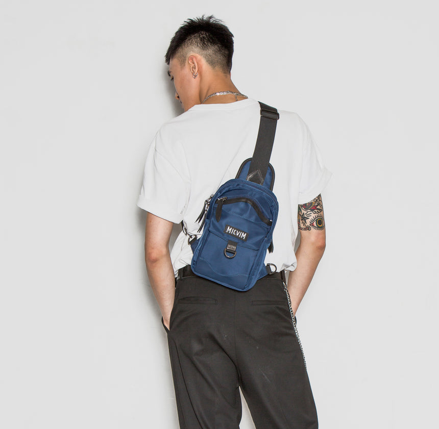 Basic Shoulder Bag (M)