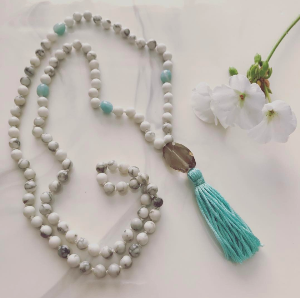 Howlite and Aventurine Mala Necklace with a Smokey Quartz guru bead