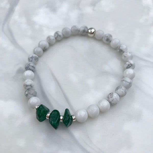Green Apatite and Howlite stretch bracelet