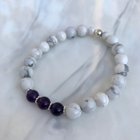 Howlite and Amethyst stretch bracelet with sterling silver beads