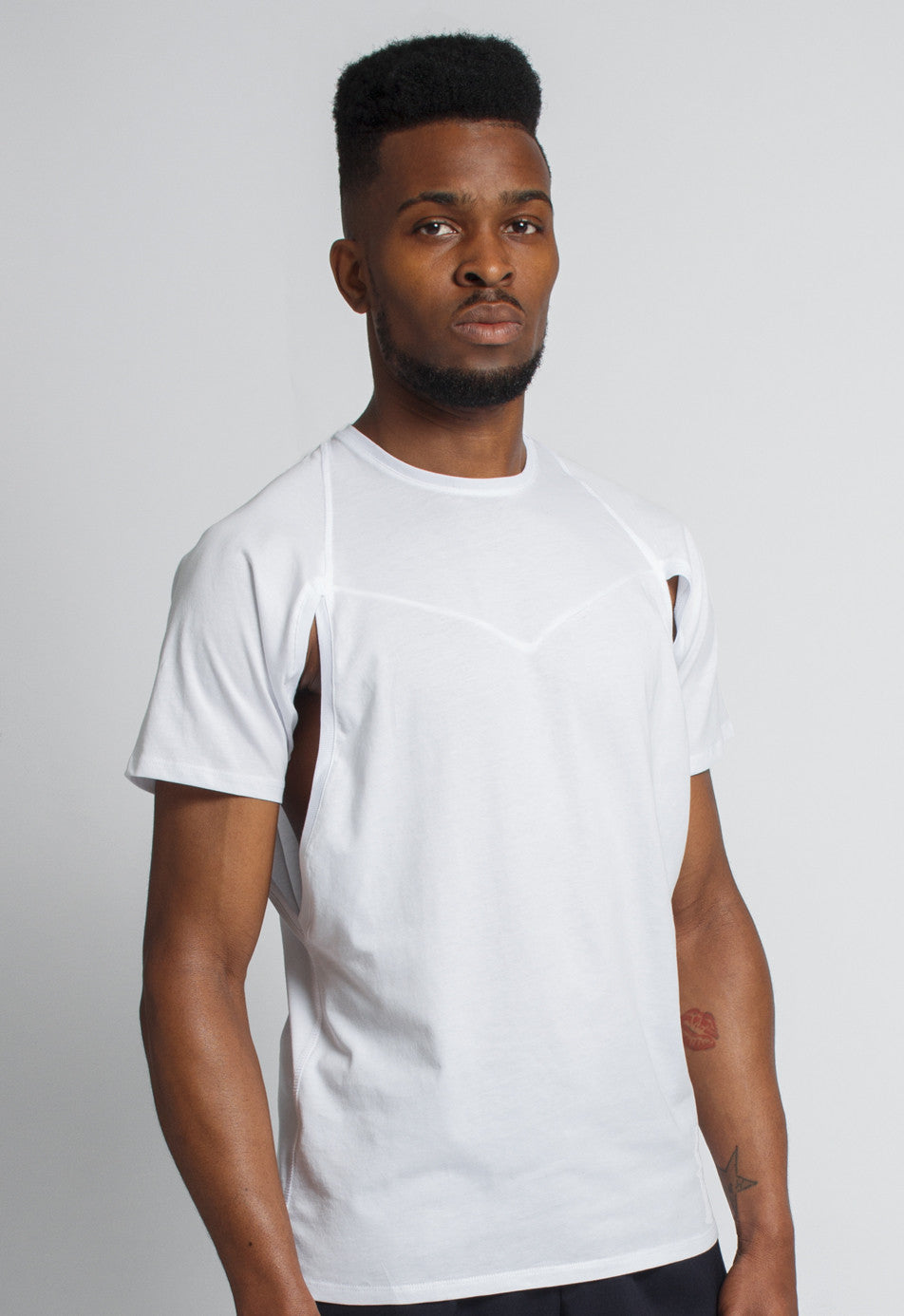 Xhosa - men's geometric cutout white T-shirt