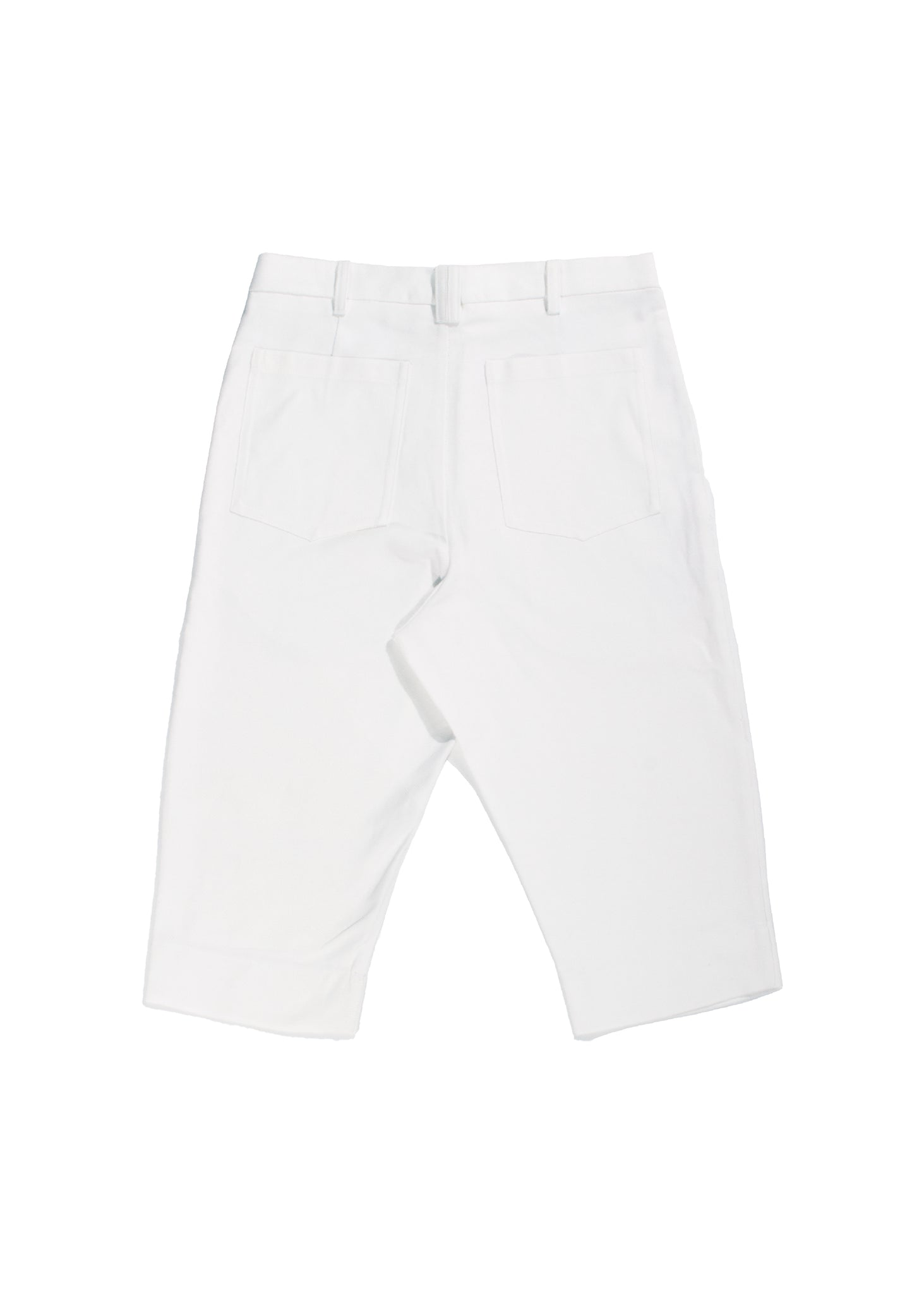 White three quarter cotton shorts