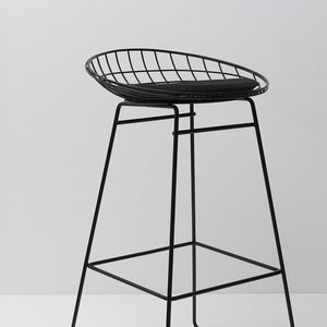 km07 wire stool (4528363241569)