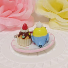 Miniature Budgie Budgerigar Parakeet with Strawberry Cupcake