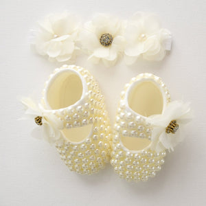 Flowers & Pearls Baby Girl Shoes