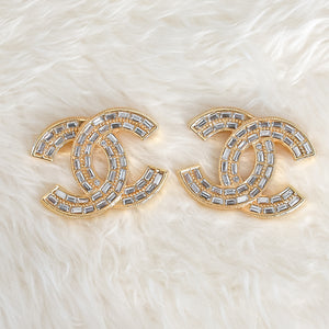 CHANEL Crystal Brooch - Large