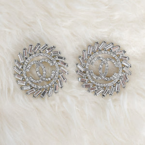 CHANEL Crystal Brooch - Medium