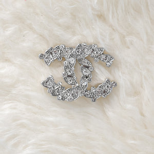 CHANEL Brooch With Rhinestones - Small